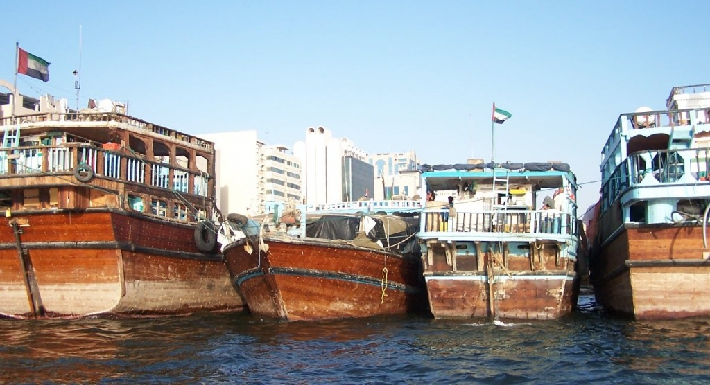 Dhows docked on the Dubai Creek, Al Bastakiya Area, Dubai: f2.8; 1/500sec
