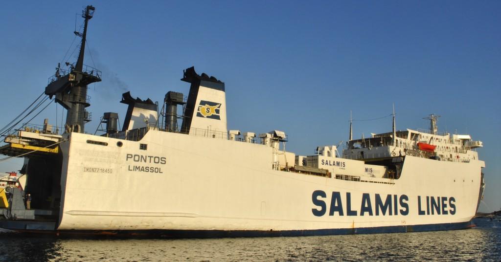 Salamis Lines in Lavrio's Port: f/25; Exposure 1/100sec; ISO-200
