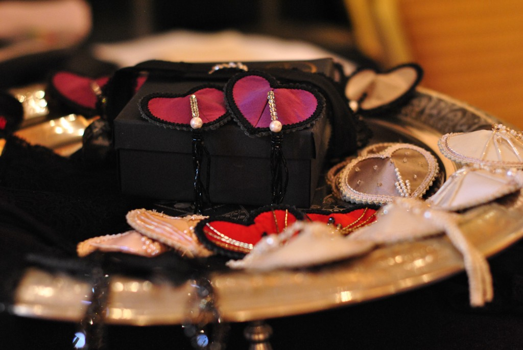 Bridal Show Dubai, Ritz Carlton: Burlesque Pasties: f/2.2; 1/50sec; ISO-800