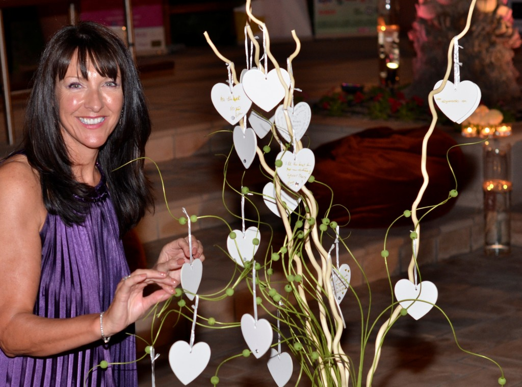 Bride Club ME Launch Guest Anne Sinclair: f/4; 1/60sec; ISO-800