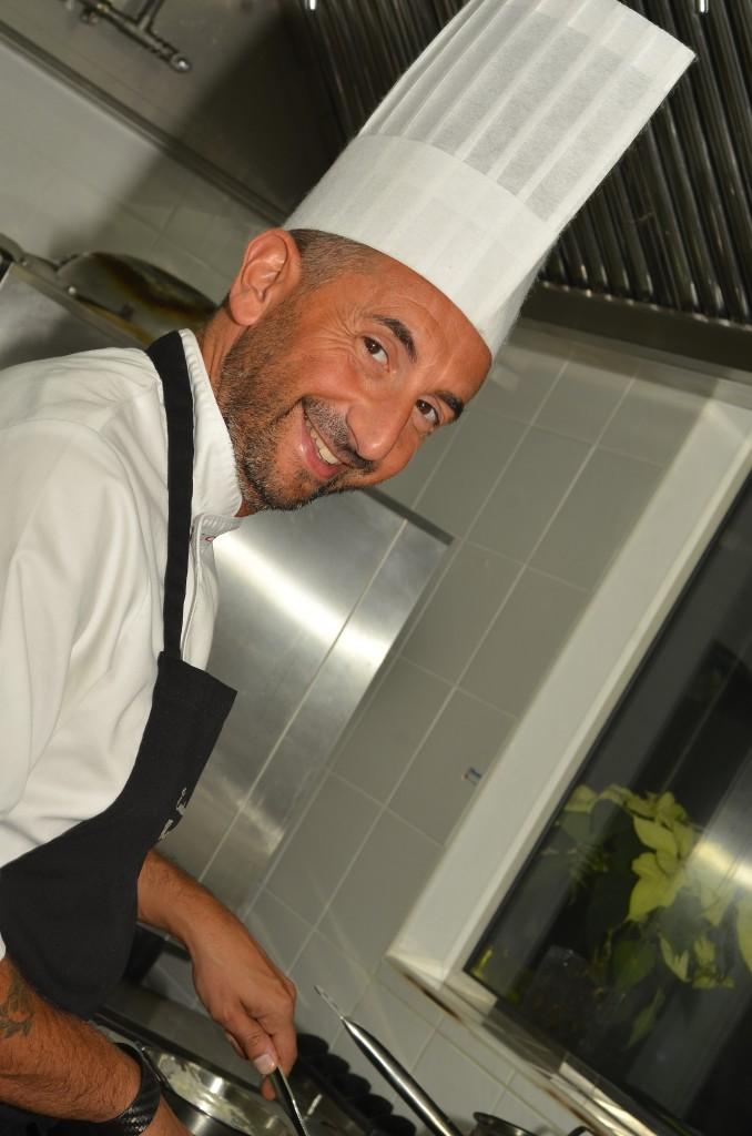 Nais Italian Kitchen Chef: f/8; 1/60sec; ISO-250