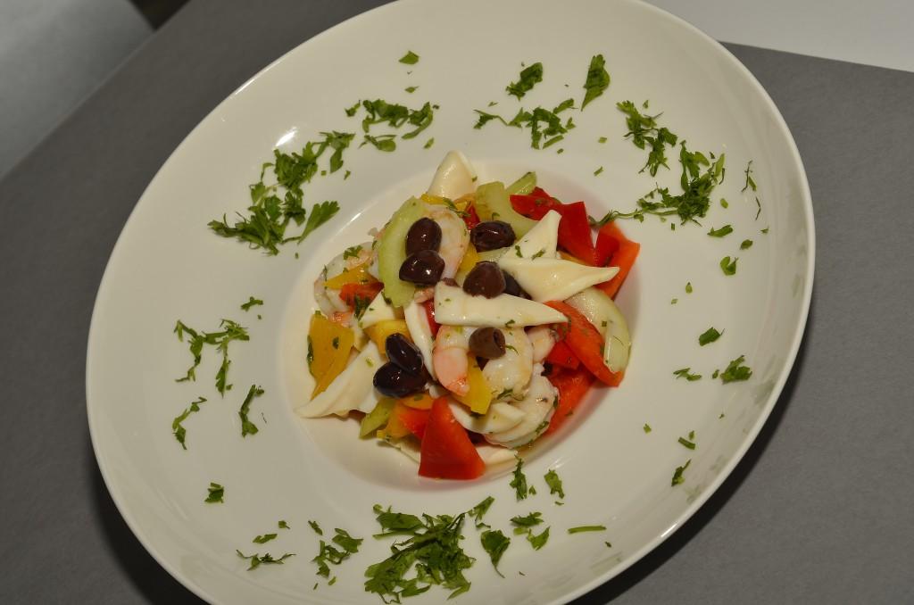 Primo of Seafood Salad: f/8; 1/60sec; ISO-160