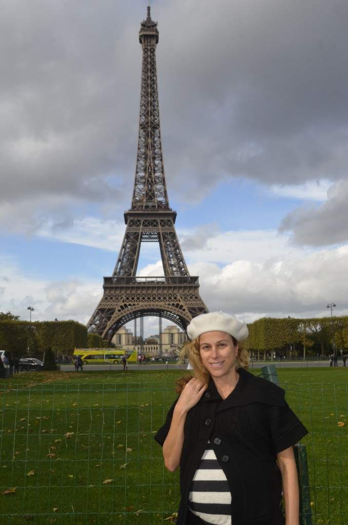 La Tour Eiffel located on the Champ de Mars, Paris: me at 34 weeks pregnant 28th October 2013